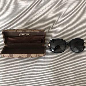 Coach Sunglasses, black/ Gold coach emblem side